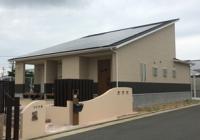 発電所太陽光発電15kw搭載の平屋住宅