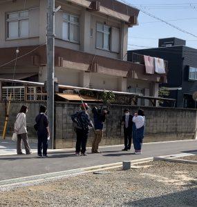 プレミアムガーデン尾崎小学校前に関西テレビロケ隊がやって来ました!!