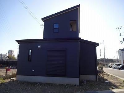 ■黒い外壁007