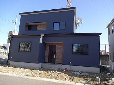 ■黒い外壁003