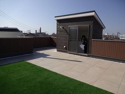 ■屋上の家05